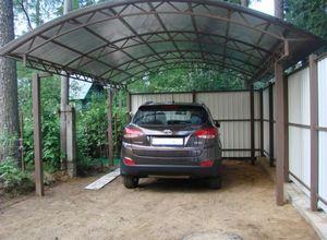 Бани и навесы для автомобилей на дачных и загородных участках
