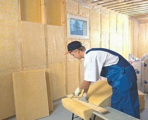 Как правильно самостоятельно утеплить стены на даче?