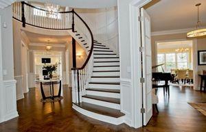 Преимущества комбинированного оформления лестниц