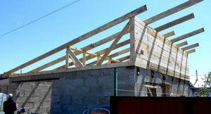 Сторительство крыши. чем стелить крышу?