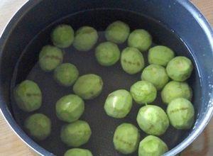 Варенье из зеленых грецких орехов: польза, вред, рецепт приготовления